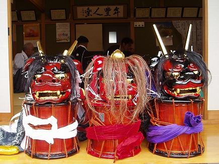 19101348 泉井獅子舞.jpg