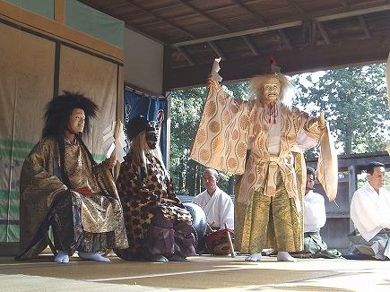 191103037 出雲伊波比神社舞.jpg