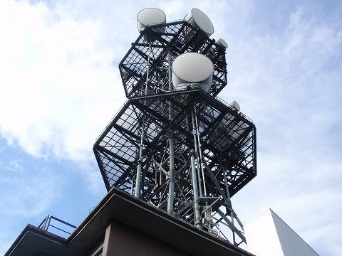 211020-37 堂平山の中継アンテナ.jpg