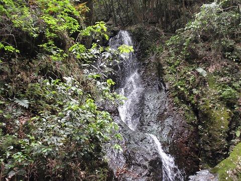 220522-101 五常の滝.jpg
