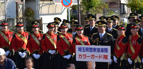 261115-275b 埼玉県警察音楽隊カラーガード隊.png